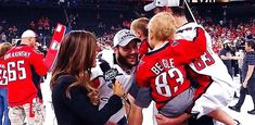 Stanley Cup Champion Tom Wilson decides to steal one of Beagle's kids mid-interview Caps Hockey, Hockey Rules, Hockey Teams, Hockey Players, Funny Hockey, Hockey Stuff, Hockey Baby, Ice Hockey, Tom Wilson Hockey