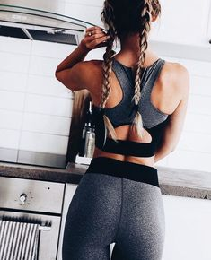 2018 New Fashion Women's Fitness High Waist Workout Set Printed Crop Top Elastic Leggings Pants Tracksuit Sporting Activewear Fitness Outfits, Fitness Fashion, Fitness Clothing, Workout Clothing, Gym Clothing, Running Clothing, Fitness Apparel, Training Fitness, Fitness Workouts