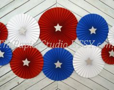 Red White and Blue Set of Ten 10 Paper Rosettes Paper Fan Spiderman Party Supplies, Paper Fans Wedding, Fourth Of July Crafts For Kids, Paper Rosettes, New Years Eve Weddings, Gold Wedding Decorations, Birthday Backdrop, Graduation Party Decor, Red Paper