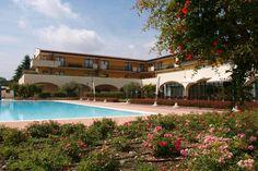 """Gardasee, Italien, Le Terrazze sul Lago"""" bietet Ferienwohnungen für alle Platz- und Komfortbedürfnisse in Ihrem Urlaub. Ideal für Ihren Familienurlaub oder Geschäftsreise, mehr auf www.travelina.ch"""