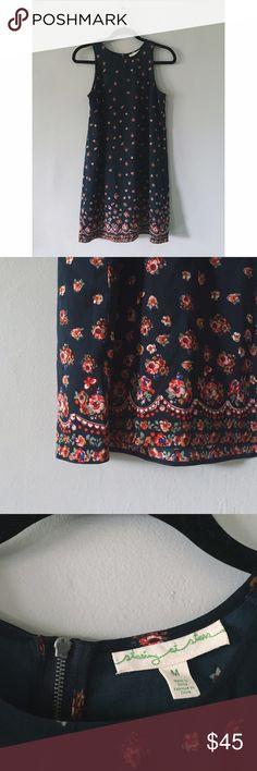 Anthropologie Floral Dress Adorable Floral Dress from Staring at Stars. Anthropologie Dresses