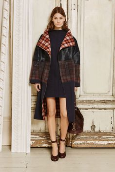Mulberry - Fall 2015 Ready-to-Wear - Look 1 of 19