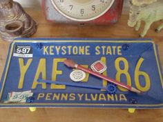 Vintage Pennsylvania License Plate Tray - Repurposed and Upcycled Home Decor - Philly - Pittsburgh - Milton - FREE SHIPPING