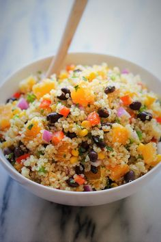 Black Bean Quinoa Salad Get the Latest Recipes Right in your Inbox:A light and healthy quinoa salad tossed in a refreshing orange vinaigrette, chockfull of protein Quinoa Salad Recipes, Lunch Recipes, Vegetarian Recipes, Cooking Recipes, Healthy Recipes, Quinoa Recipe, Water Recipes, Cooking Food, Simple Recipes