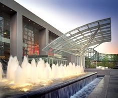 Crown Center - Kansas City Attractions - Shopping Center Kansas City Restaurants Family Events Theaters