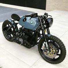 Bike Bmw, Cafe Bike, Cafe Racer Motorcycle, Moto Bike, Bmw Motorcycles, Vintage Motorcycles, Bicycle Shop, Bicycle Art, Custom Cafe Racer