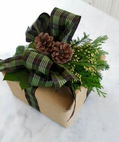 Tartan ribbon just makes the gift extra special