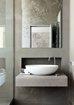 Modern Bathroom Sinks to Accentuate Small Bathroom Design - small bathroom design ideas and modern bathroom fixtures - Modern Small Bathrooms, Modern Bathroom Sink, Modern Sink, Contemporary Bathroom Designs, Bathroom Design Small, Beautiful Bathrooms, Bathroom Fixtures, Contemporary Decor, Bathroom Interior