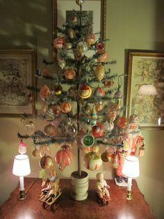 """A Cleveland Antique Christmas Collection, on a antique """"feather tree"""". Antique Christmas Ornaments, Victorian Christmas, Primitive Christmas, Christmas Tree Decorations, Outdoor Christmas Decorations, Vintage Ornaments, Country Christmas, Christmas Wreaths, Very Merry Christmas"""