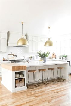 34 Great Kitchen Decorating Ideas With Farmhouse Style For Your ...