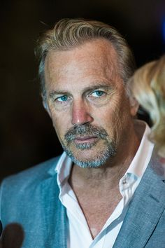 Kevin Costner Pictures and Photos Roland Barthes, Luke Grimes, Good Looking Actors, Lycra Men, Kevin Costner, Star Pictures, Hot Hunks, Hot Actors, Hollywood Actor