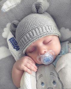 So cute photo ah ah ah aha nap time listening me read a book ✨✨ Cute Little Baby, Baby Kind, Little Babies, Baby Love, Cute Babies, Cute Baby Pictures, Baby Photos, Beautiful Children, Beautiful Babies