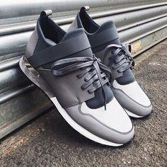 Start the week off on the right foot with @mallet_footwear #REGRAM #FLANNELS #FLANNELSMAN #MALLETFOOTWEAR #MENSWEAR #MENSWEARSTYLE #TRAINERS #SNEAKERS #AW16 Shoes Heels, High Heels, Dress Shoes, Dress With Sneakers, Design Model, Men Bags, Trainers, Menswear, Purse