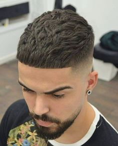 Popular Haircuts For Men 2019 Popular Mens Hairstyles, Cool Mens Haircuts, Cool Hairstyles For Men, Popular Haircuts, Hairstyles Haircuts, Boy Haircuts, Barber Haircuts, Office Hairstyles, Anime Hairstyles