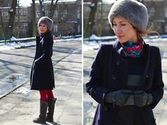 Promod Fur Hat, Zara Coat, Calzedonia Tights, Hermës Scarf, Desigual Dress, Promod Gloves