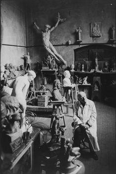 1973. Kisfaludy Stróbl Zsigmond a műtermében