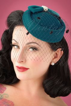 Hats: Pillbox, Fascinator, Wedding, Sun Hats - Hats: Judy Hat in Teal 1940s Hairstyles, Hat Hairstyles, Fascinator Hairstyles, Bleu Turquoise, Teal, Black Hair Clips, Popular Hats, 1950s Hats, Kentucky Derby Hats