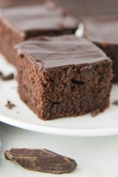 A rich and creamy recipe for Chocolate Mascarpone Brownies. Definitely one of the favorite all time brownie recipes ever. Best Dessert Recipes, Fun Desserts, Gourmet Recipes, Sweet Recipes, Baking Recipes, Delicious Desserts, Gourmet Foods, Christmas Desserts, Cupcake Recipes