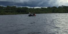 Caça aos piratas – Cops realiza abordagens a condutores de embarcações como parte de treinamento fluvial