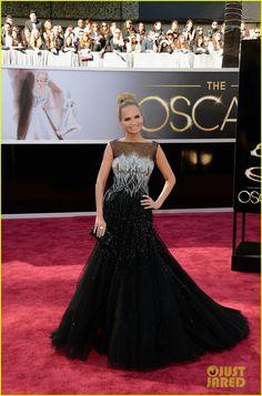 Kristin Chenoweth - Oscars 2013 Red Carpet | kristin chenoweth oscars 2013 red carpet 01 - Photo Gallery | Just Jared