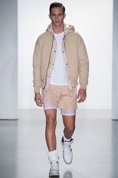 Calvin Klein Spring/Summer 2015 Menswear - Milan - Access Runway - Fashion Week Fashion Shows Fashion Week, New Fashion, Runway Fashion, Fashion Show, Fashion Design, Milan Fashion, Fashion Tape, Vogue Paris, Calvin Klein Collection