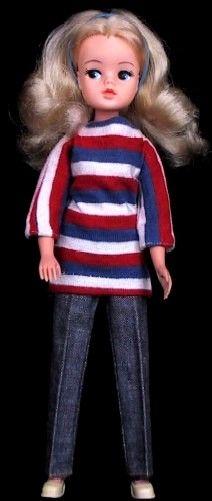 Sindy Dolls by Pedigree 1970s/80s doll dressed in 1960's weekenders