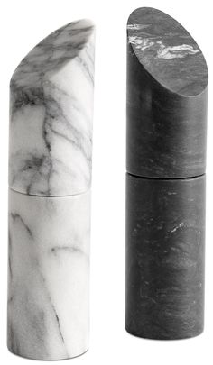 Living salt and pepper mill