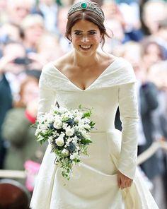 115ad0fb98be Brittiska Kungliga Familjer, Klänning Bröllop, Queen Elizabeth,  Bröllopsdetaljer, Prinsessor, Stunder Under