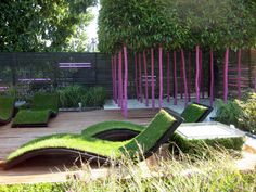 Sun lounge seats with grass. Best to lay on them after a dip in some fresh water. ;) #GreatIdea #GreenFurniture #UrbanGardening