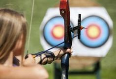 Archery drills are designed to improve your accuracy and ability to shoot arrows in a straight and consistent manner. In addition to accuracy, archery. Archery Lessons, Archery Tips, Archery Targets, Deer Hunting Tips, Archery Hunting, Archery Sport, Hunting Stuff, Archery Arrows, Crossbow Hunting