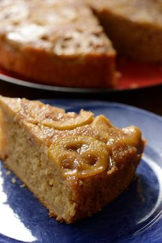 feijoa upside down cake Fejoa Recipes, Guava Recipes, Tart Recipes, Fruit Recipes, Sweet Recipes, Baking Recipes, Dessert Recipes, Desserts, Feijoada Recipe