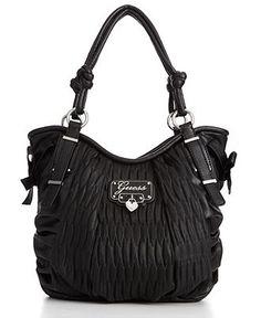 Ahhh what a cute Guess purse!!