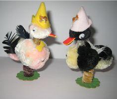 2 Vintage EASTER DUCKS CHENILLE PIPE CLEANER Coil Bobble Legs Birds Japan