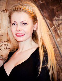 Natasa Alina Culea Bucuresti Romania Carte Marat