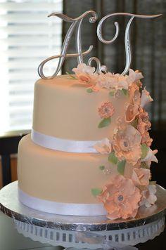 Ivory, white & Champaign wedding cake