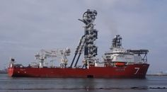Subsea 7 SEVEN RIO Pipe lay vessel, passing Hook of Holland for its trial trip offshore (video)
