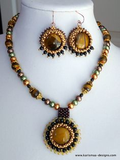Items similar to Beaded jewelry set - Tiger eye cabochon beadwoven necklace and earrings on Etsy Beaded Jewelry, Beaded Necklace, Necklaces, Beadwork, Beading, Tiger Eye Jewelry, Jewelry Sets, Unique Jewelry, Jewellery Making