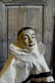 antique pierrot head