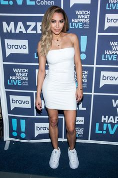 Naya Rivera on Watch What Happens Live with Andy Cohen, February Navy Blue carpet runner provided by Red Carpet Entrances. Photos from Guest Dressed album. Courtesy of Bravo TV / NBCUni. Be sure to tune in for more celebrity appearances! Celebrity Scandal, Celebrity Style, Celebrity Moms, Celebrity Outfits, Naya Rivera, Glee, Amanda Bynes, Blue Carpet, Grunge Hair