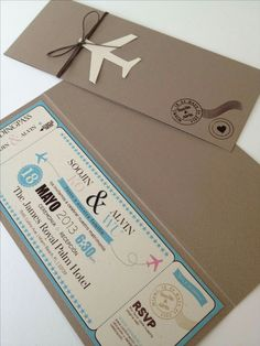 Boarding pass invitation would be perfect for a moving party or destination wedding Creative Wedding Invitations, Wedding Stationary, Wedding Invitation Cards, Wedding Cards, Invites, Original Wedding Invitations, Passport Invitations, Invitation Envelopes, Party Invitations