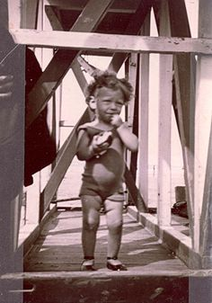 Charlotte Szulanska was only 5 when she was sadly murdered at Auschwitz in September The Lost World, World War Two, History Of Wine, Evil World, Innocent Child, Losing A Child, Anne Frank, Museum, Childhood