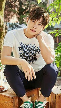 Name: Ji Chang Wook Birthday: Birth Place: Anyang, Coréia Do Sul occupation: Ator Ji Chang Wook Smile, Ji Chang Wook Healer, Ji Chan Wook, Korean Star, Korean Men, Asian Men, Asian Celebrities, Asian Actors, Celebs
