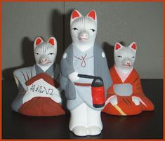 Edo town and Edo Jidai History haiku kigo season words saijiki Daruma WKD amulets talismans Japanese Fox, Japanese Travel, Japanese Folklore, Fushimi Inari Taisha, Fox Spirit, Wooden Statues, Clay Dolls, Amulets, Deities