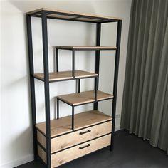 Industrial Style Furniture, Metal Furniture, Unique Furniture, Luxury Furniture, Furniture Design, Pallet Shelves, Metal Shelves, Desk Inspiration, Contemporary Home Decor