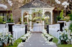 Our will be something like this as well. Except we'll be at a gazeebo on the lake surrounded by the beautiful leaves of a West Virginia October autumn :)  #DBBridalStyle