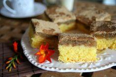 Prajitura cu mere si biscuiti Krispie Treats, Rice Krispies, Cornbread, Cake Recipes, Sweets, Fruit, Ethnic Recipes, Desserts, Romania
