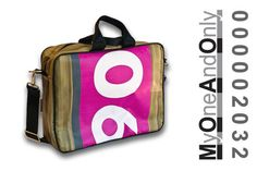 MyOneAndOnly DELOS 2032 Laptop bag made from reused banners. Each bag is unique and has a number for it. Eco Friendly Bags, Laptop Bag, Bag Making, Banners, Number, Unique, Accessories, Design, Banner