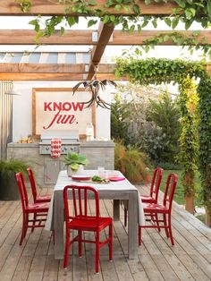 Create a Restaurant-Worthy Outdoor Dining Space