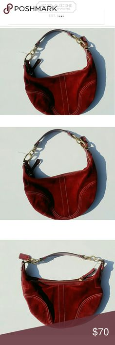 COACH BURGUNDY &WHITE HAND STITCHED HOBO CHAIN BAG PRE-LOVED COACH CHAIN STRAP SUEDE BURGUNDY & WHITE HAND STITCHED HOBO BAG BUY NOW OR BUNDLE AND SAVE  WE LOVE OFFERS ? SAME DAY SHIPPING  SUGGESTED SELLER Coach Bags