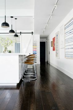 hallway track lighting, pointing straight down Kitchen Interior, Home Interior Design, Interior Architecture, Style At Home, Style Blog, Home Fashion, Decoration, Interior Inspiration, Kitchen Inspiration